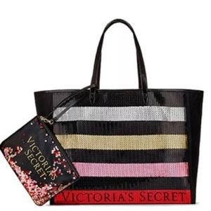 Vs tote! ONLY SELLING THE TOTE
